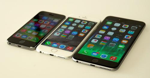 筋トレシーンでもスマートフォンを賢く活用する方法。