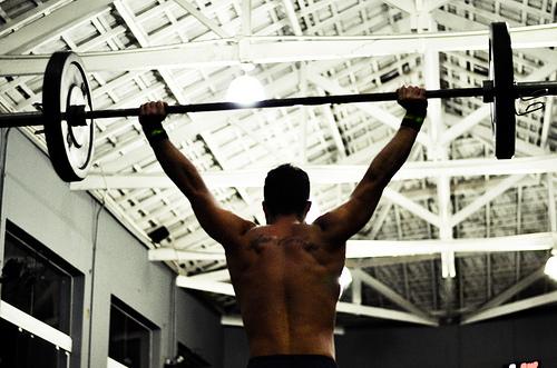 筋肉に新鮮な刺激を与えたい時にオススメ。ジャーマンボリュームトレーニング(GVT)とは。