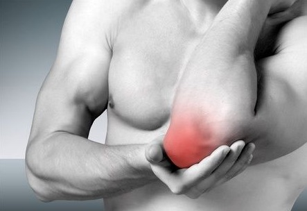 トレーニングすると肘が痛い・・・!筋トレでの関節痛は仕方がないことなのか。