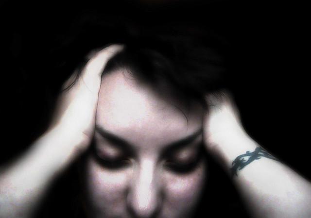 泣きたくなるほど痛い・・・筋トレしたら頭痛がする時の原因と対策